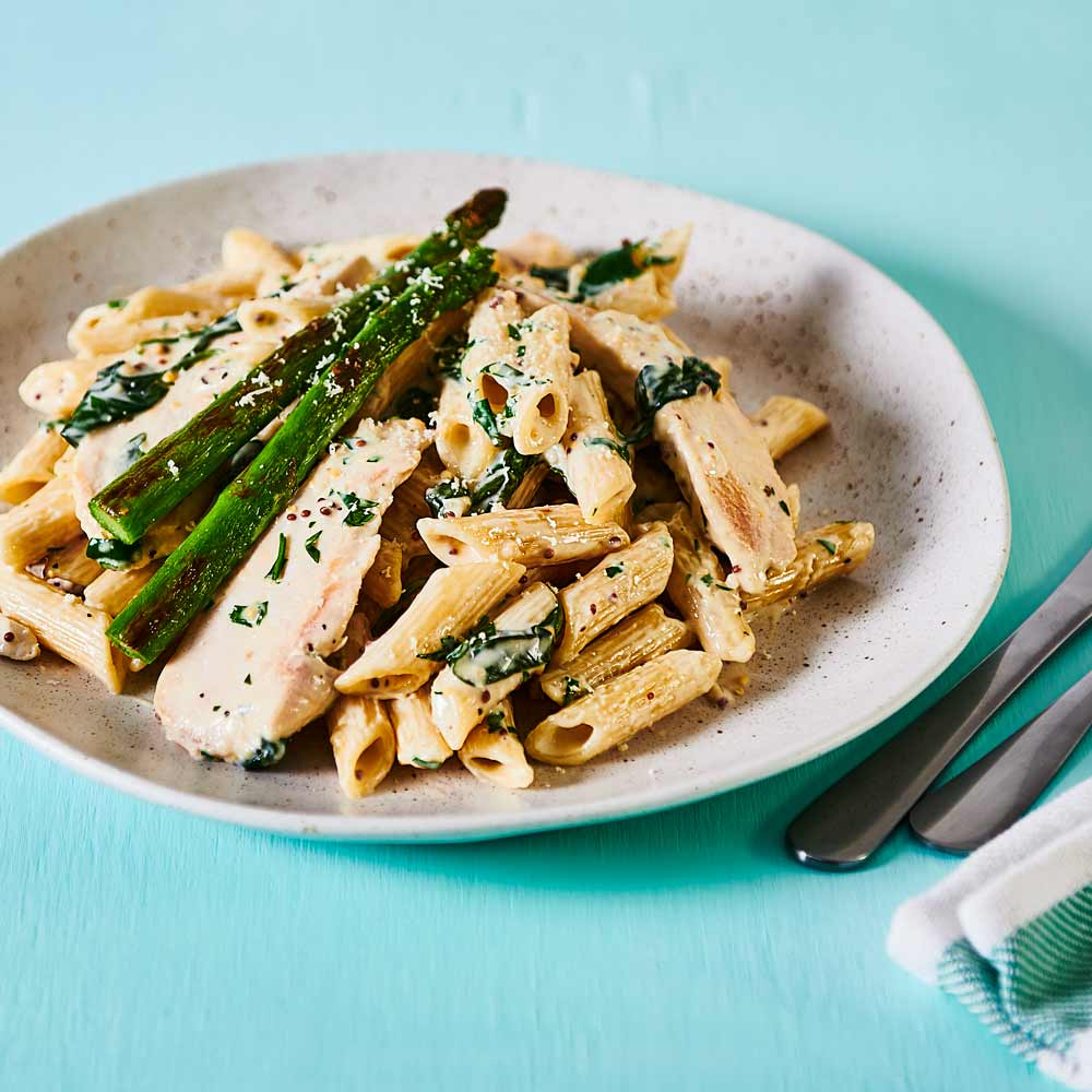 Creamy Chicken with Asparagus with SMART Fibre Penne