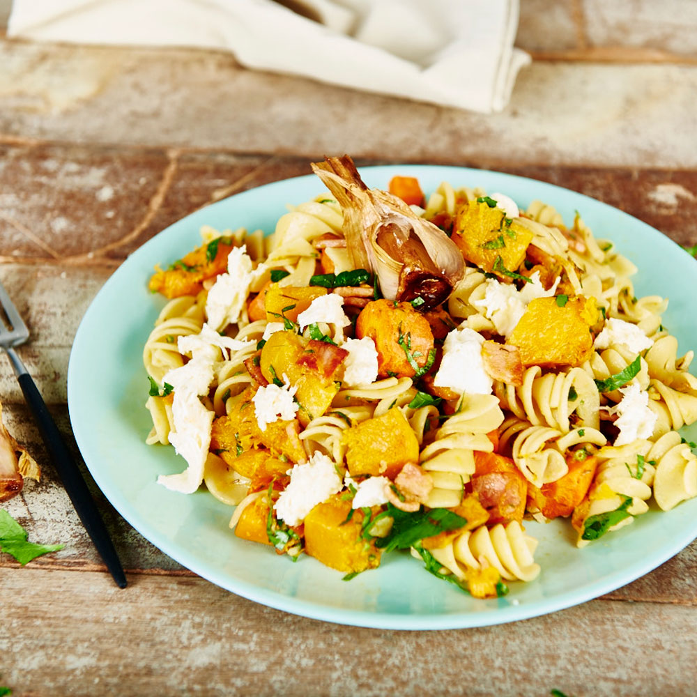 Roasted Veggies with Bacon and Bocconcini with SMART Fibre Pasta